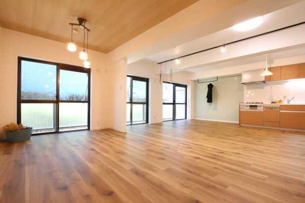 【さいたま市北区】LDKは約23.5帖の贅沢空間!